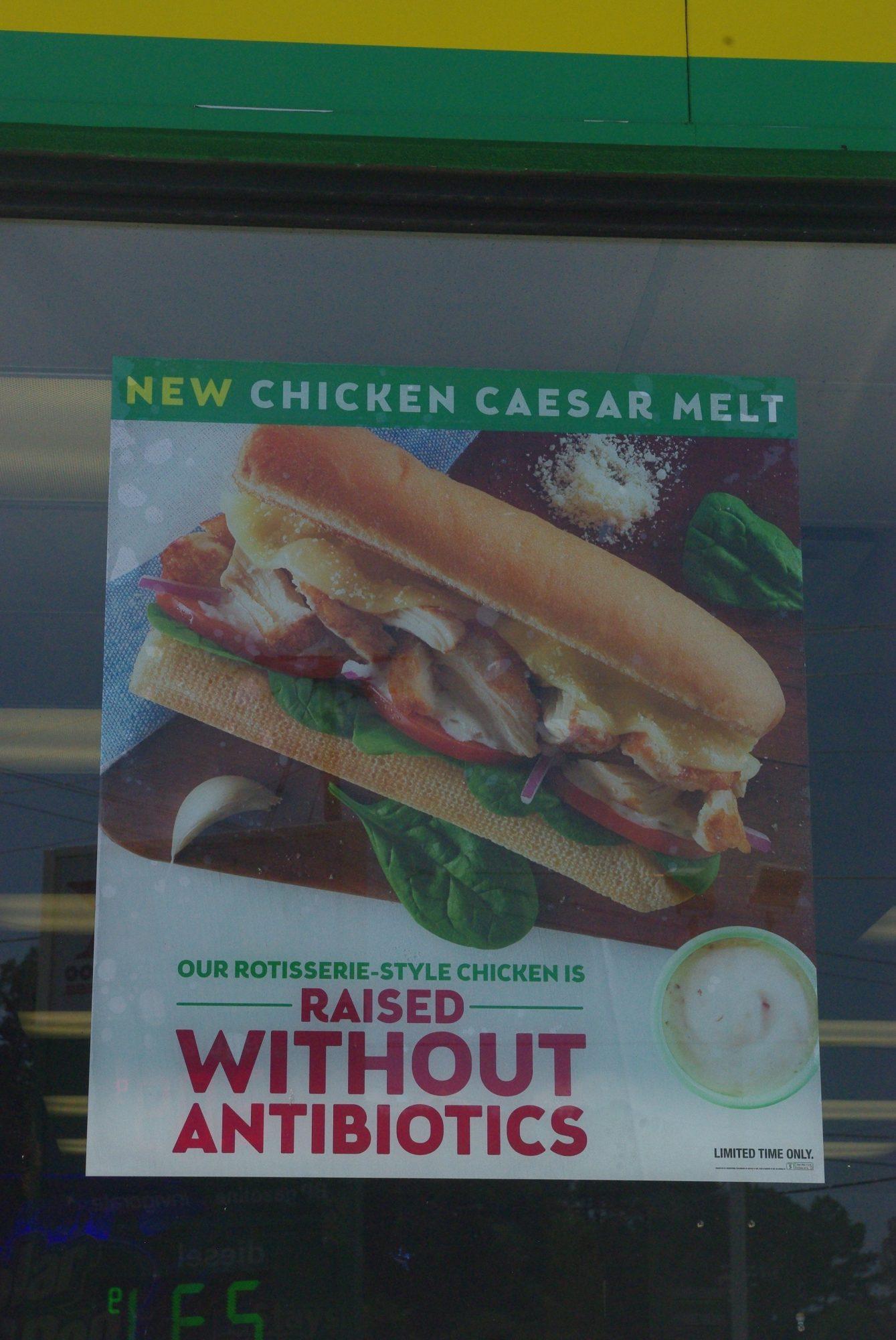 Pause déjeuner. Du poulet sans antibiotiques, vous rendez vous compte !!