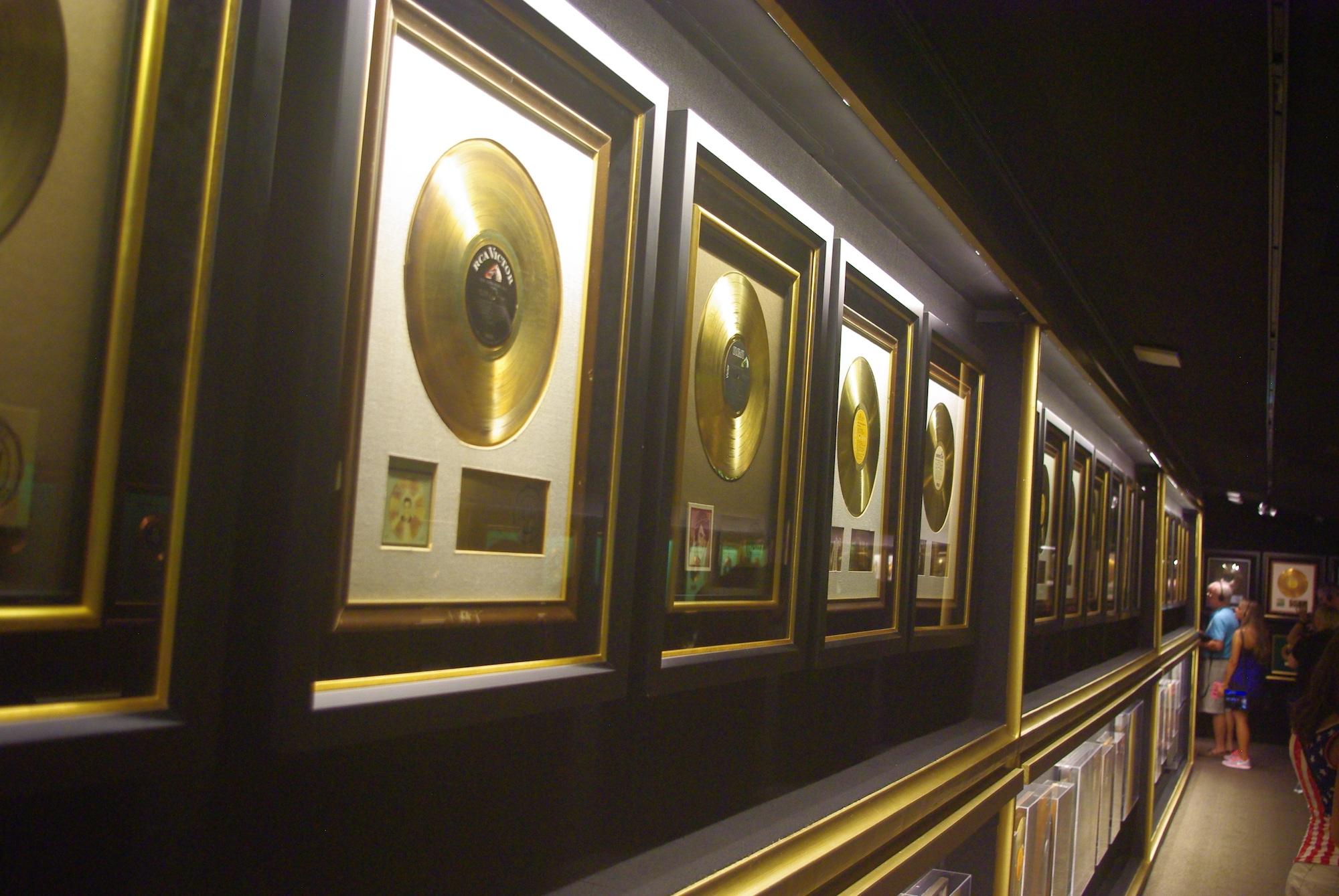 Des murs de disques d'or