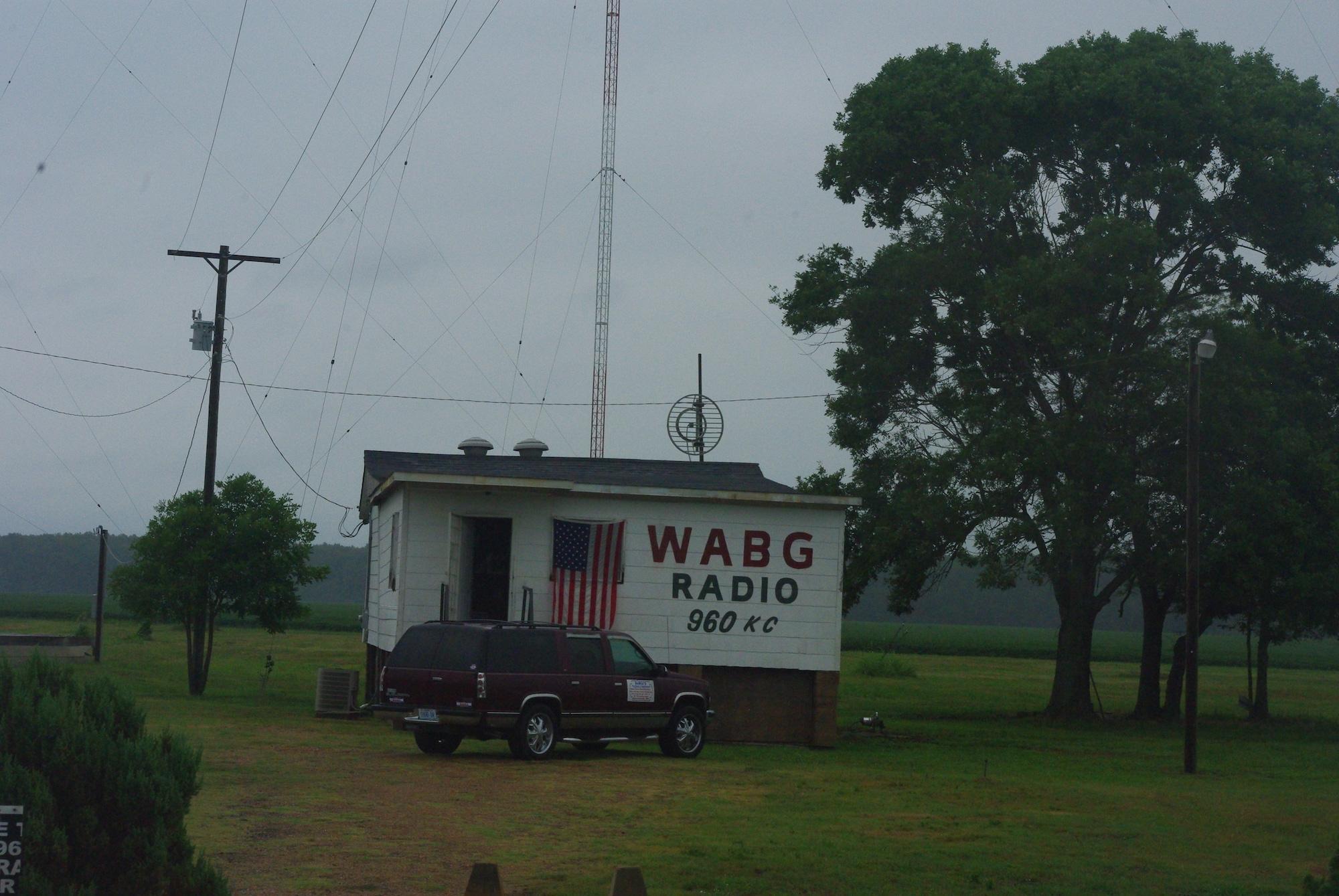 Sur la route, une (toute) petite station de radio amateur