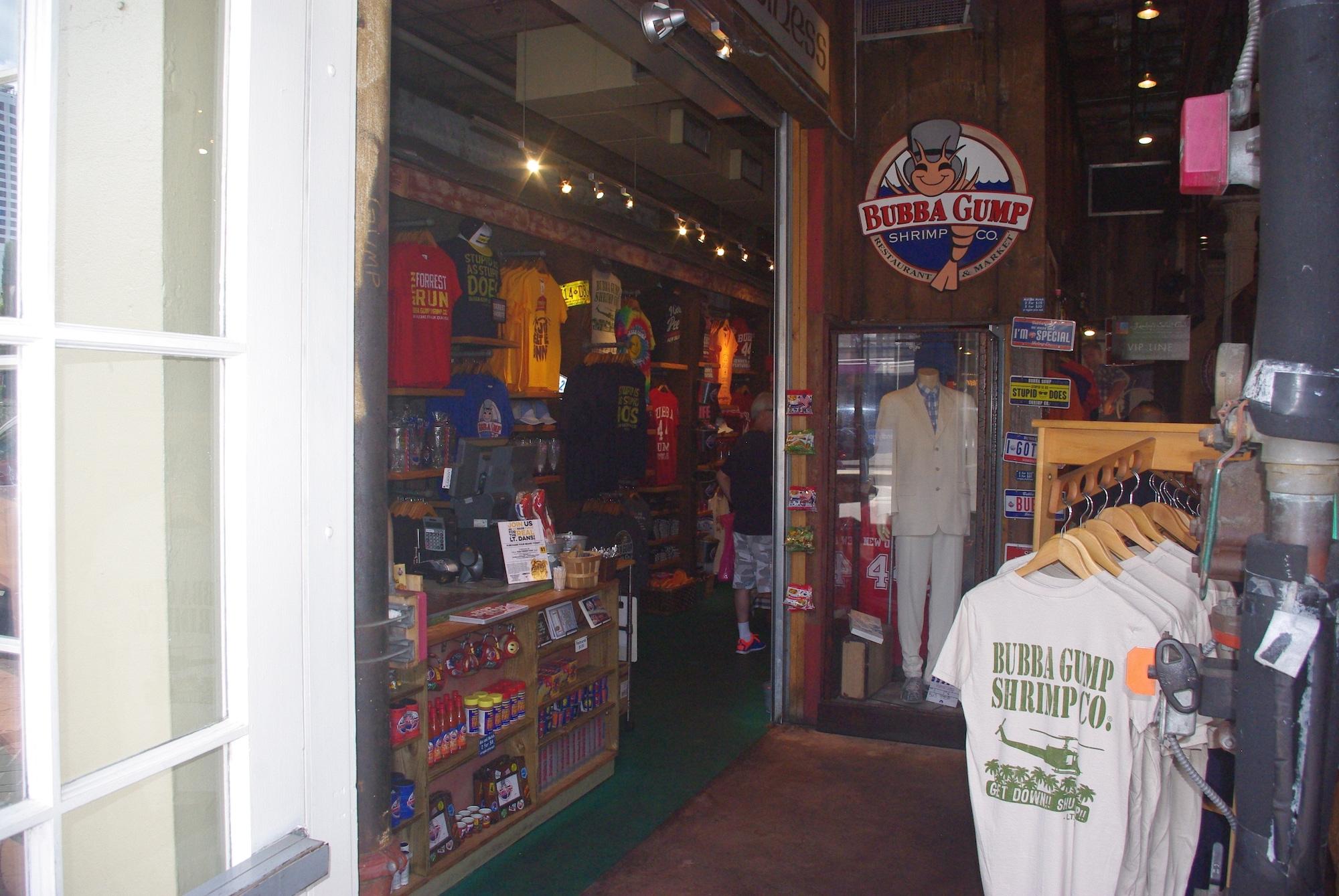 Un magasin entièrement consacré à Forrest Gump. On peut même y manger des crevettes (de Bubba !)